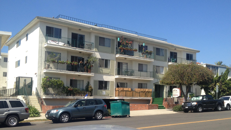 Whitey Bulger's Santa Monica Hideout Was Full Of Money. It ...