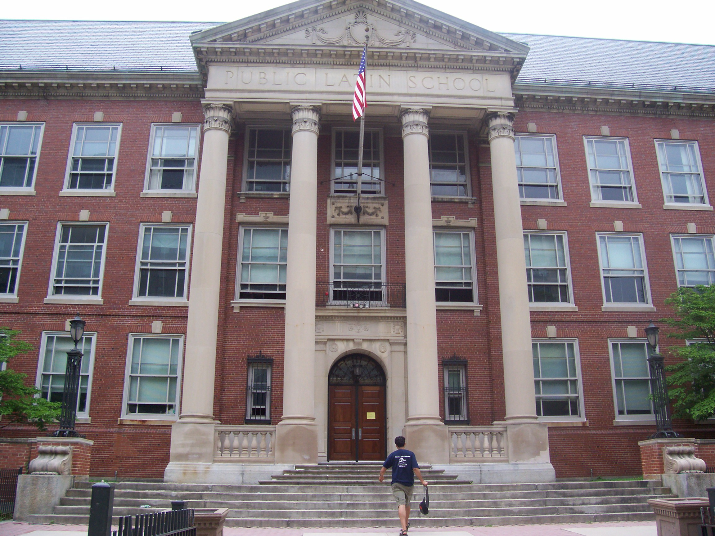 Contompasis Picked As Interim Boston Latin School Headmaster
