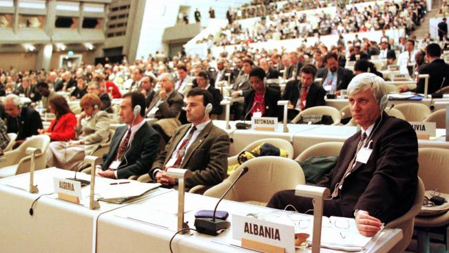 united nations meeting in coppenhagen december 200 Recalling its resolutions 58/200 of 23 december 2003, 59/220 of 22 december 2004 encourages the united nations conference on trade and development,.