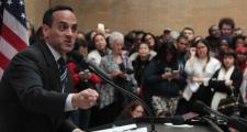 Somerville Mayor Joseph Curtatone addressed a gathering of immigration activists at the State House Wednesday