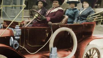 Colorized photo of Madam CJ Walker