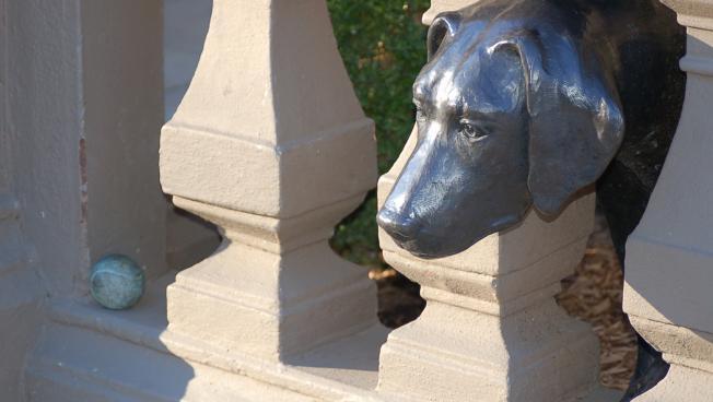 Piper sculpture